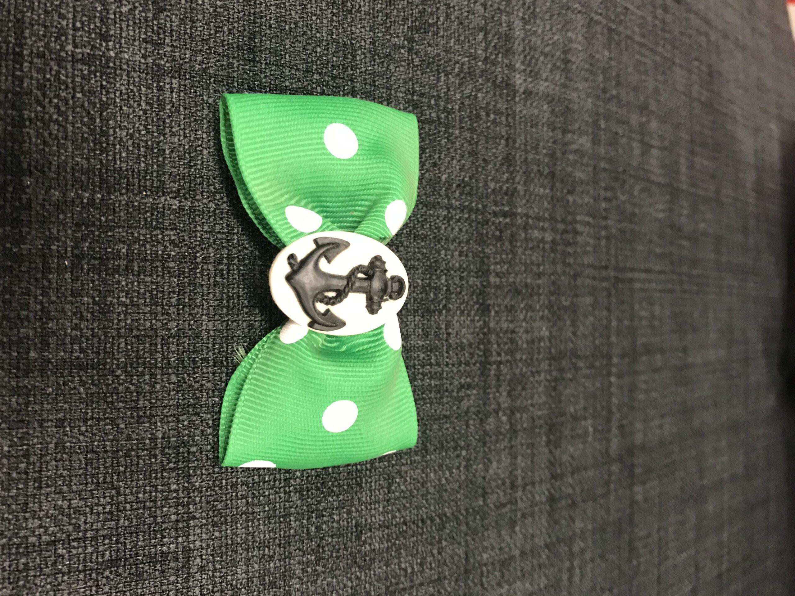Grøn sløjfe med anker