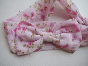 Hårbånd med lyserød sløjfe