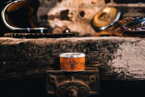 Oilcan grooming iron horse grease pomade